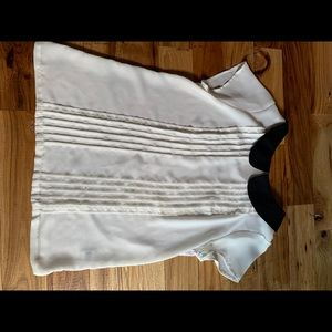 Elle collared dress top
